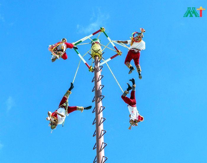 Cozumel Street Performers