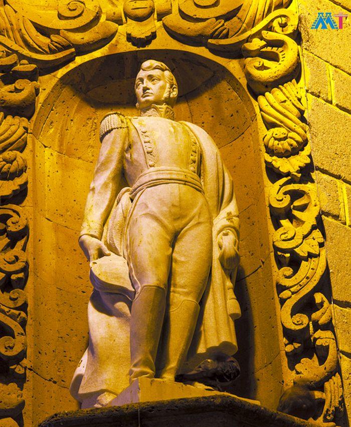 Ignacio Allende Statue Allende House In San Miguel De Allende