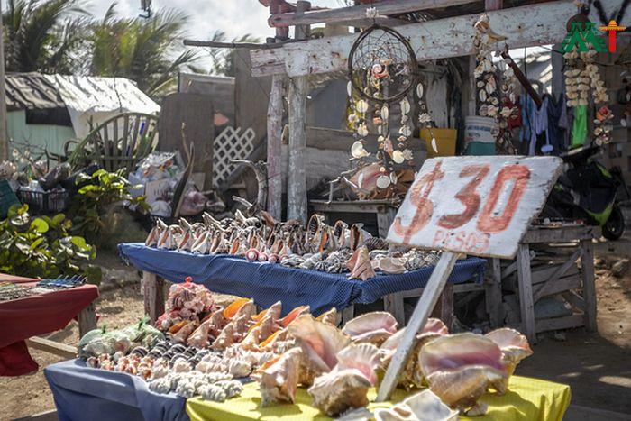 Souvenir Shopping In Isla Mujeres